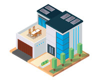 Modernes isometrisches grünes freundliches Luxushaus Eco mit Sonnenkollektor Stockfoto