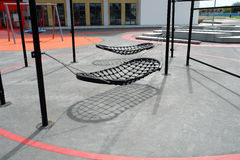 Modernes kreatives Auslegungspielplatzschwingen Lizenzfreies Stockbild