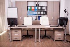 Modernes leeres Büro Stockfotos