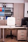 Modernes leeres Büro Stockbild