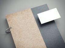 Modernes Notizbuch und leere Visitenkarte Wiedergabe 3d lizenzfreie abbildung