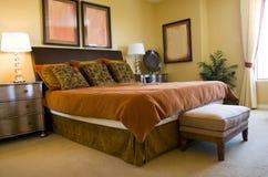 Modernes Schlafzimmer lizenzfreies stockbild