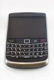 Modernes smartphone, getrennt auf Weiß stockfoto