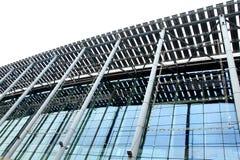 Modernes Stahlkonstruktionaufbauen Lizenzfreies Stockbild