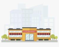Modernes Supermarktgebäude mit Stadtskylinen auf Hintergrund in der flachen Art Lizenzfreies Stockfoto