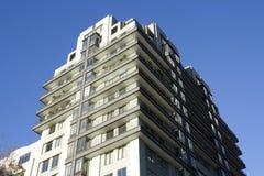 Modernes Wohngebäude lizenzfreie stockfotografie