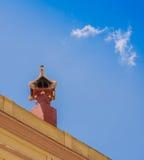Modernistyczny komin na budynku fotografia stock