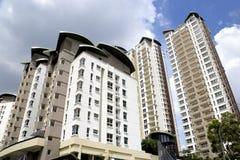Moderno Ciao-Si ergono gli appartamenti Fotografia Stock