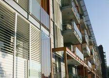 moderno esterno della palazzina di appartamenti Fotografia Stock Libera da Diritti