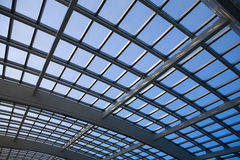 modernt arkitekturkupolexponeringsglas Arkivfoton