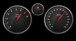 Modernt auto hastighetsräkneverk på black Arkivfoton