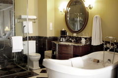 Modernt badrum Arkivfoton