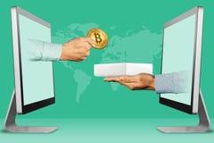 Modernt begrepp, två händer från skärmar handen med bitcoin och handen med den vita minnestavladatoren boxas illustration 3d Arkivbilder
