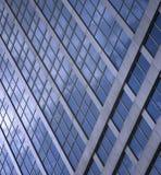 modernt byggnadsexponeringsglas Royaltyfria Foton