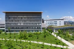 modernt byggnadssjukhus Royaltyfria Bilder