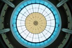 Modernt glass tak av byggnad Royaltyfri Fotografi