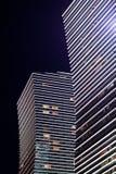 Modernt höghusnatten astana kazakhstan Arkivbilder