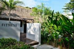 Modernt hotell i Thailand på Phuket royaltyfri foto