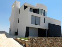 modernt hus Arkivbilder