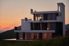 modernt hus Arkivbild