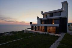 modernt hus Fotografering för Bildbyråer