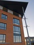 modernt kontor för byggnadsaffärskorporation Royaltyfri Fotografi