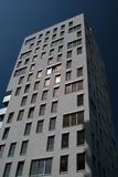 modernt lägenhethus Arkivbild