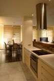 modernt lägenhetkök Royaltyfri Bild