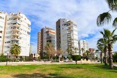 Modernt lägenhetstadsliv arkivfoto