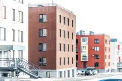 Modernt Mång--lägenhet kvarter Royaltyfria Bilder