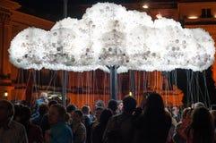 Modernt moln för ljusa kulor Arkivfoton