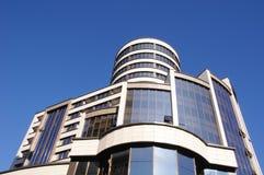Modernt nytt hotell i himlen Royaltyfri Fotografi