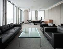 modernt nytt kontor Royaltyfria Bilder