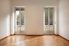 Modernt nytt lägenhetrum arkivbilder