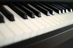 Modernt pianotangentbord royaltyfria foton
