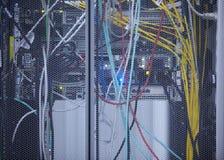 Modernt serverrum för nätverk Arkivbilder