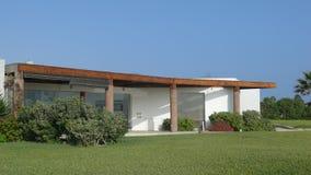Modernt sommarhus i det Asien området, söder av Lima Arkivbilder