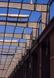 modernt stål för byggnadsram Royaltyfri Foto