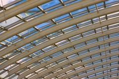 modernt tak för glass växthus Arkivbild