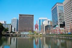 Modernt Tokyo byggande Arkivbild