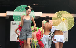 Modeschau lizenzfreie stockbilder