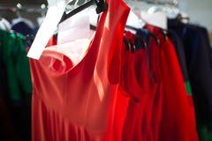 Modeschau-Bühne hinter dem Vorhang Stockfoto