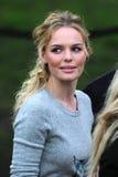 Modeschau, Kate Bosworth lizenzfreie stockfotografie