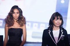 Modeshow 2019 för passion för Chalachol akademihår royaltyfri fotografi