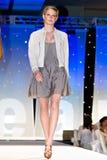 Modeshow van de Weg van Saks de Vijfde Stock Fotografie