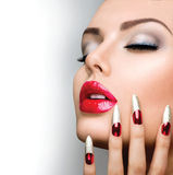 Modeskönhetmodell Girl royaltyfri foto
