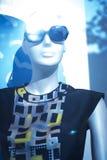 Modespeicher-Sonnenbrillemannequin des Shops blindes Lizenzfreie Stockfotografie