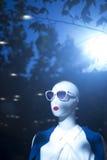 Modespeicher-Sonnenbrillemannequin des Shops blindes Lizenzfreies Stockfoto