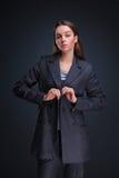 Modestudioportait av skönhetflickan Royaltyfria Bilder