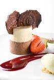 Modieus gastronomisch dessert Stock Foto's